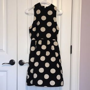Everly Sleeveless Black Polka Dot Dress